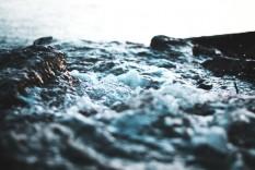 water-rock2